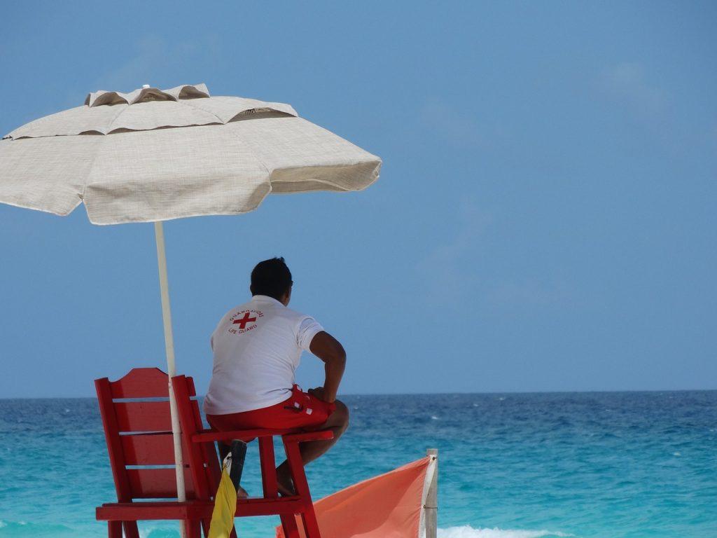 beach-1615012_1280