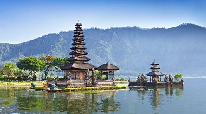 10 napos álomutazás Balira 4 csillagos medencés szállással, repülővel: 229.500 Ft-ért!
