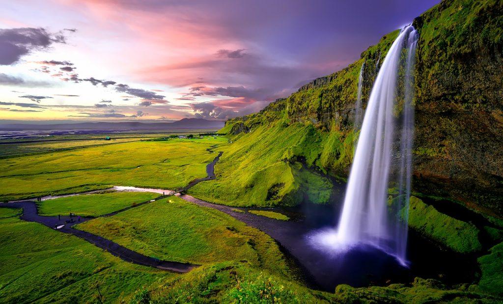 Mennyi?? Retúr repülőjegy Izlandra budapesti indulással 22.780 Ft-ért!