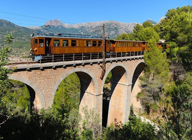 soller-railway-1173938_640