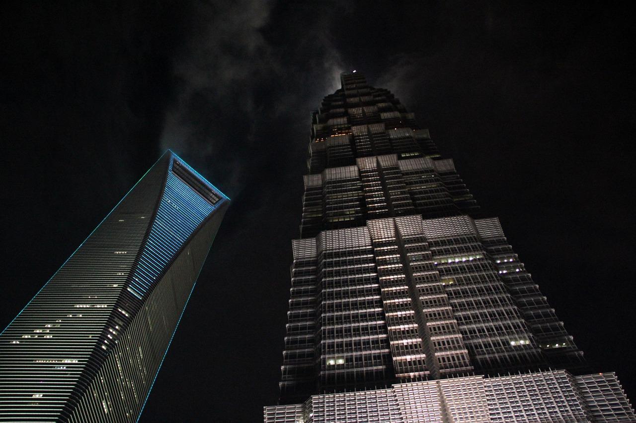 shanghai skyscrapers-1282325_1280