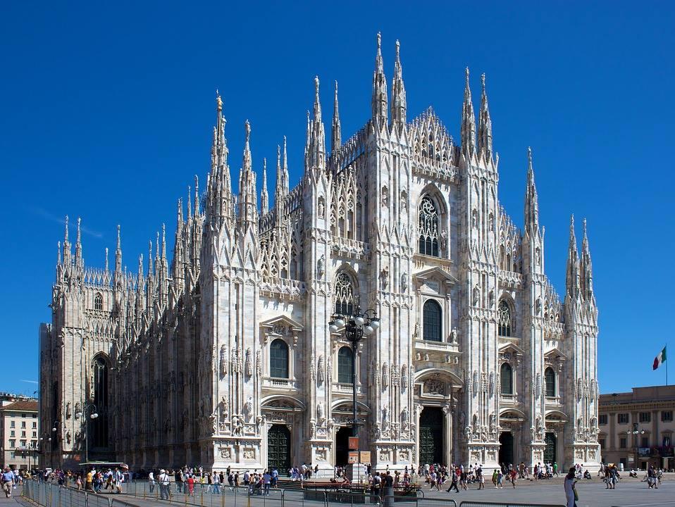2 teljes nap Milánó Budapestről szállással, Félpanziós ellátással: 19.500 Ft-ért!