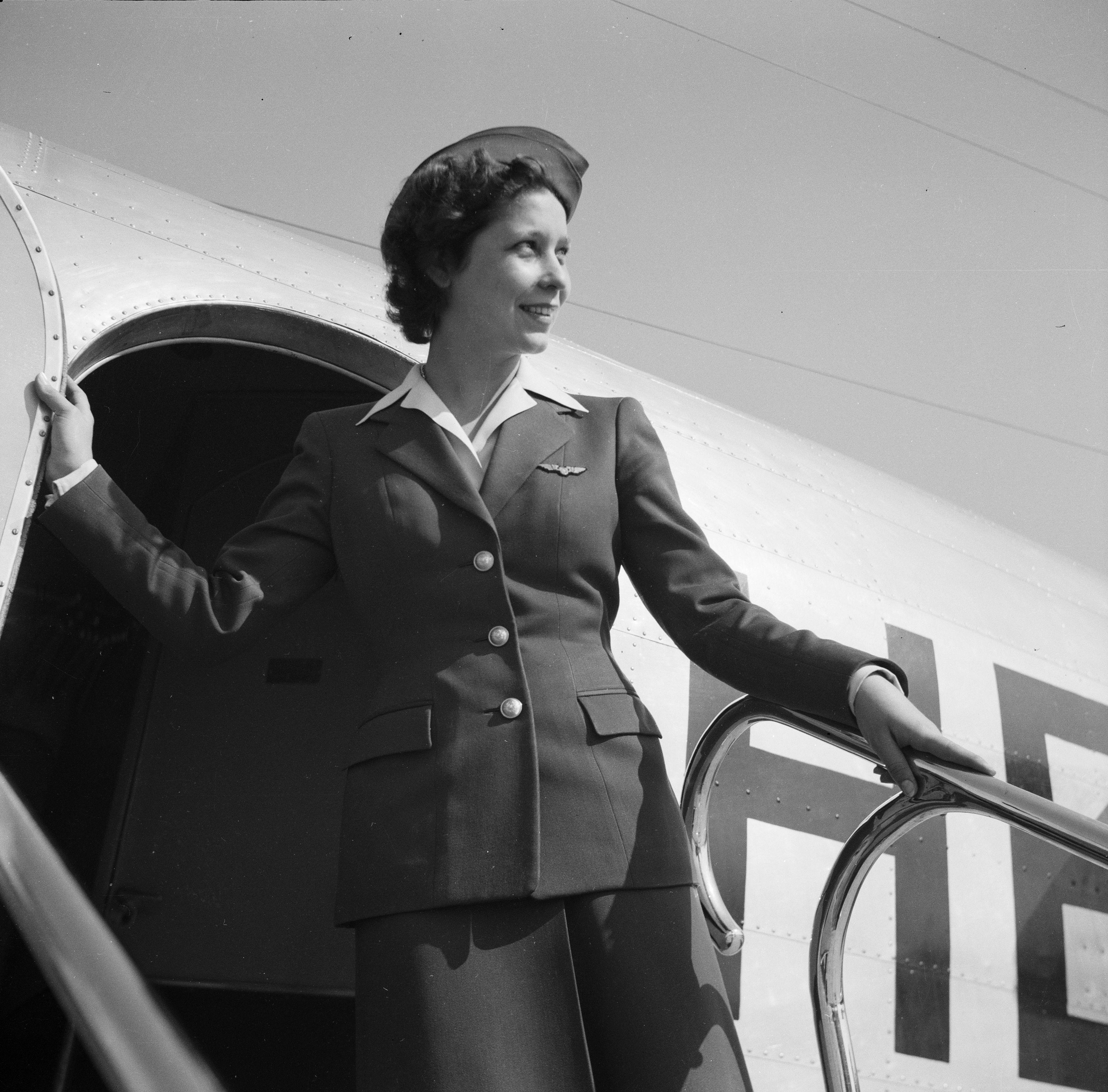 Stewardess3