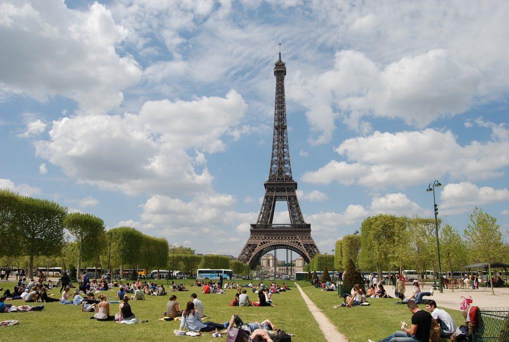 3 nap nyáron Párizsban, szállással és repjeggyel: 50.850 Ft-ért!