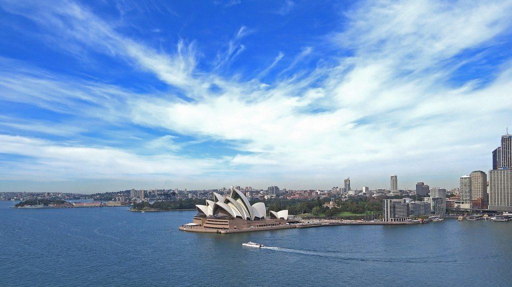 Ausztrália szerelmeseinek: Qatar Airways retúr repjegy Sydneybe 280.600 Ft-ért!