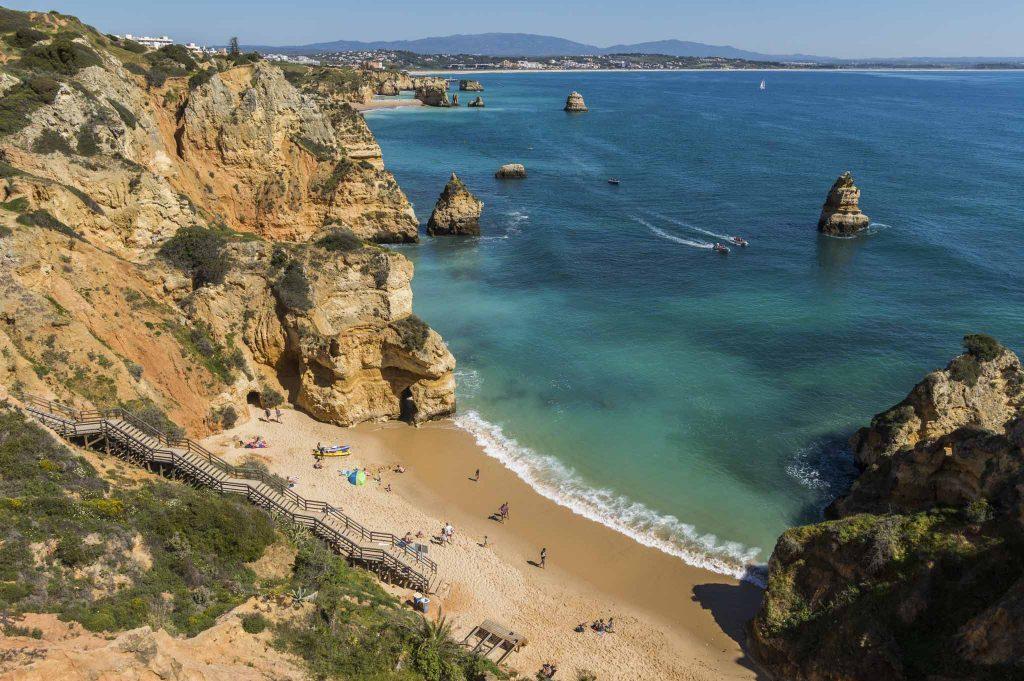 5 napos Dél-Portugál kaland, 4 csillagos szállással, autóbérléssel és repjeggyel: 37.100 Ft-ért!