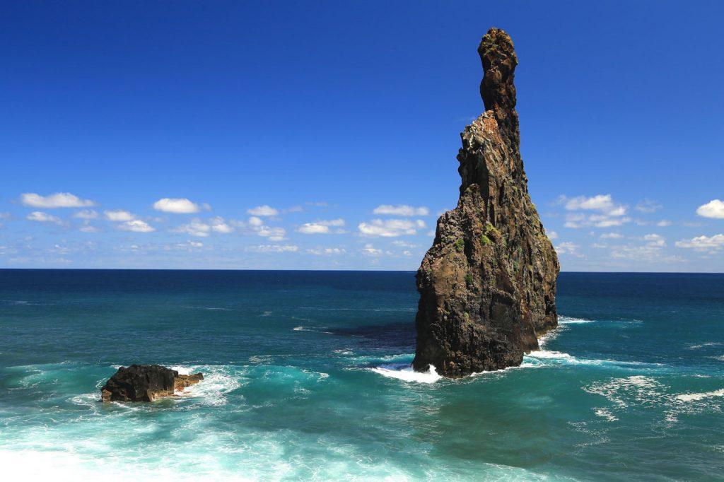 Irány az örök tavasz szigete: Madeira, egy hét szállással és repjeggyel: 80.700 Ft-ért!