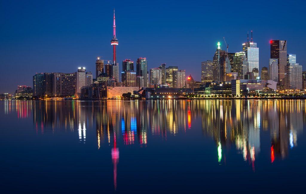 1 hét Toronto, Kanada ősszel retúr repjeggyel, négycsillagos szállodával 347.600 Ft-ért!