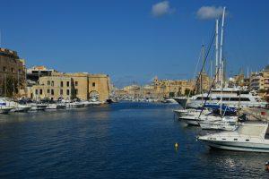 Máltan 3 város tengeröble