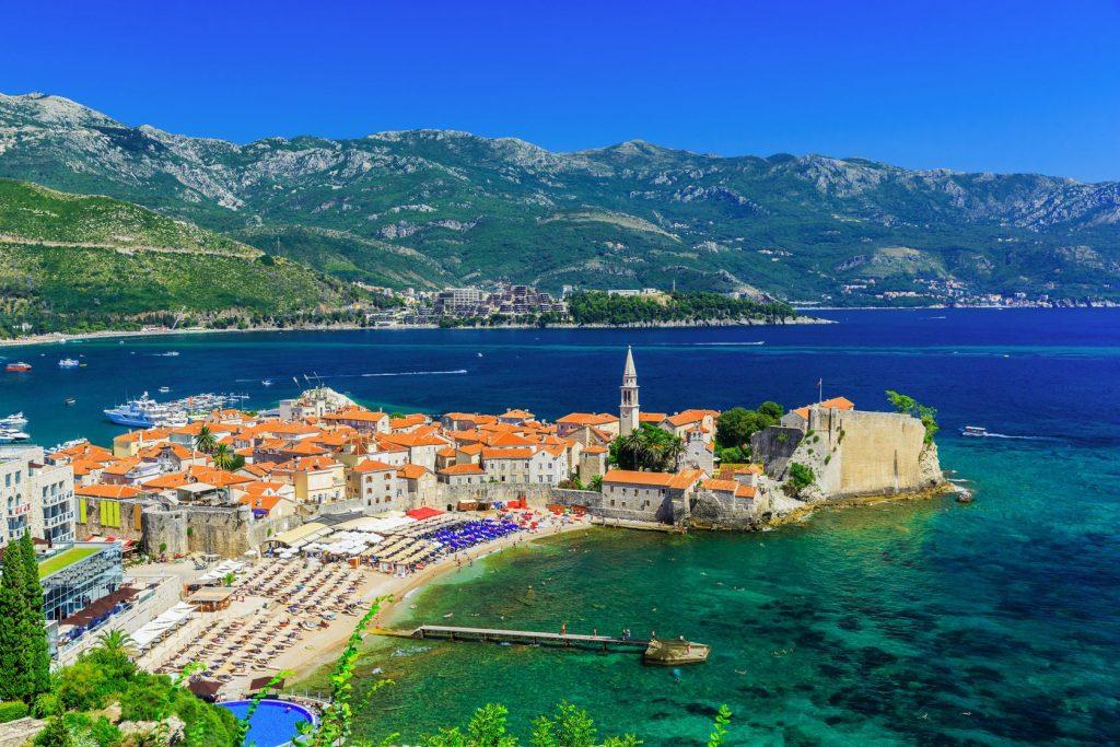 Pénztárcabarát nyaralás: Egy hét Montenegró, Budva szállással és repjeggyel: 31.680 Ft-ért!