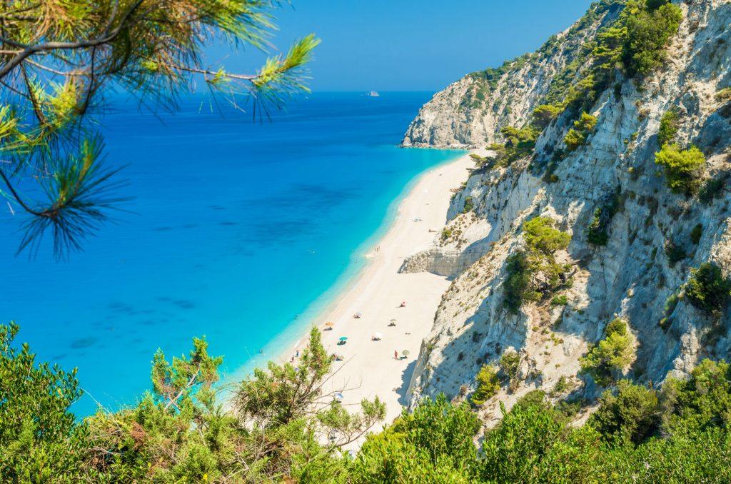 Nagyon jó lehetőség: egy hetes főszezoni nyaralás Korfun medencés hotellel, módosítható repülővel 57.000 Ft-ért!