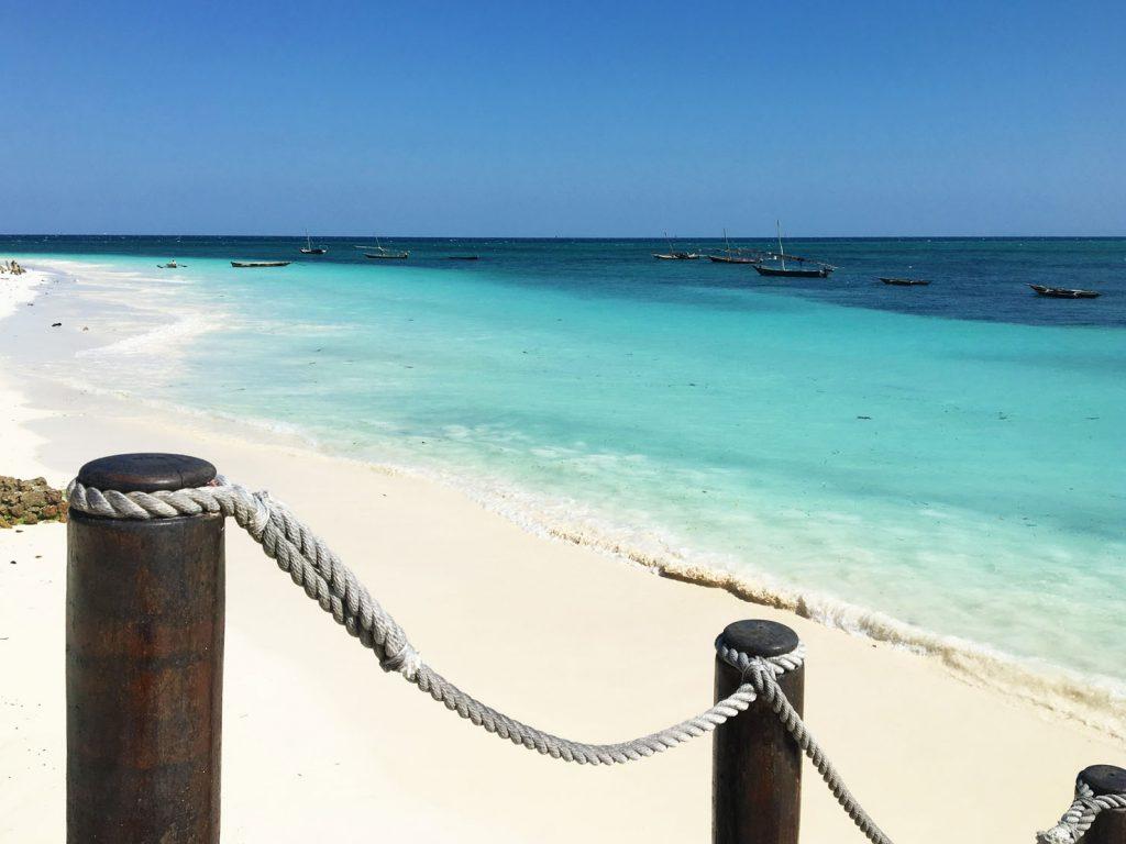 Nyaralj az egyik legszebb szigeten: Zanzibáron! 10 nap, 3 csillagos szállással és repjeggyel: 206.400 Ft-ért!