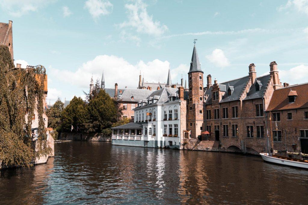 Tündérmese! 5 nap Brugge központi 3 csillagos szállással, repülővel 50.510 Ft-ért!
