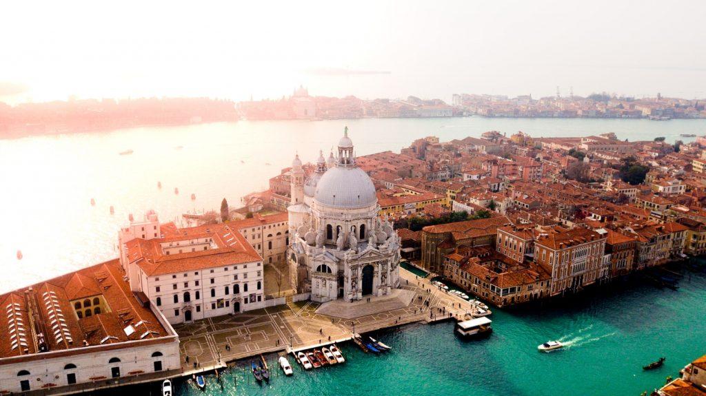 4 napos utazás Velencébe szállással és repülővel 28.460 Ft-ért!