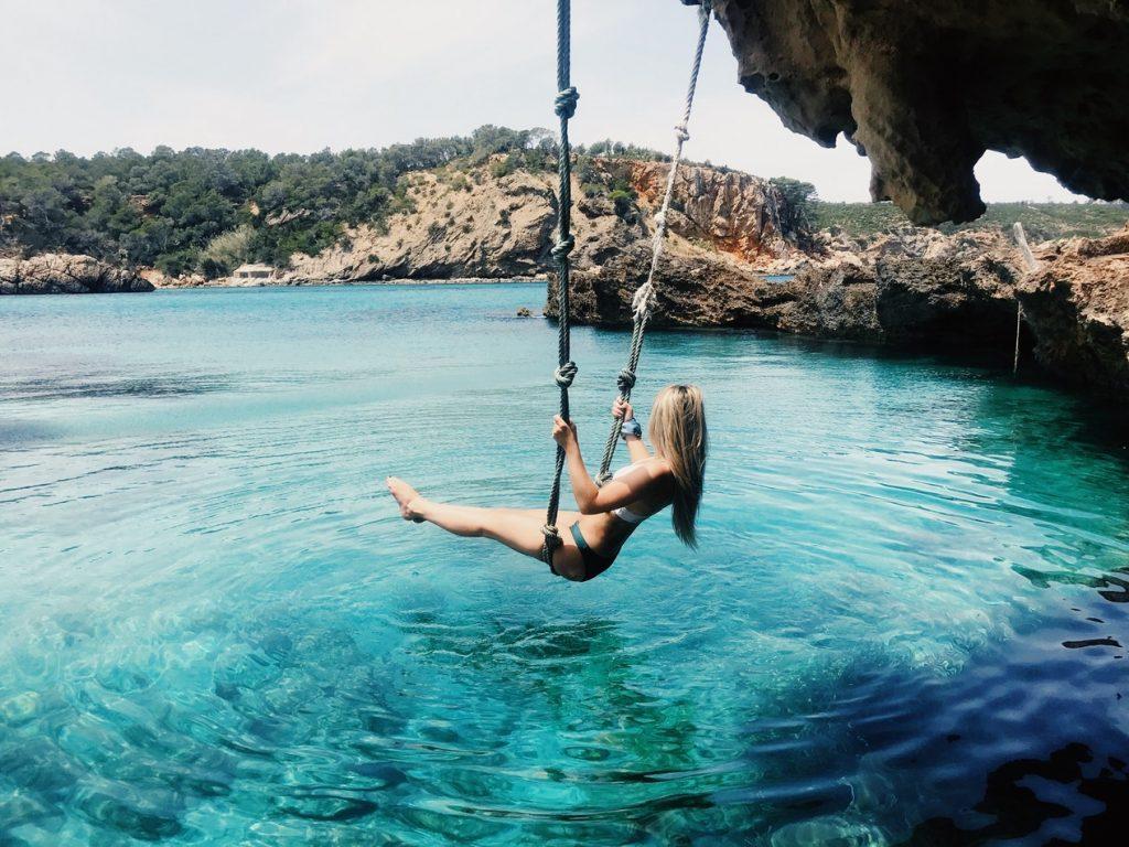 Egy kis bulizás már rád fér: 8 nap Ibiza 111.030 Ft-ért szállással és repülővel!