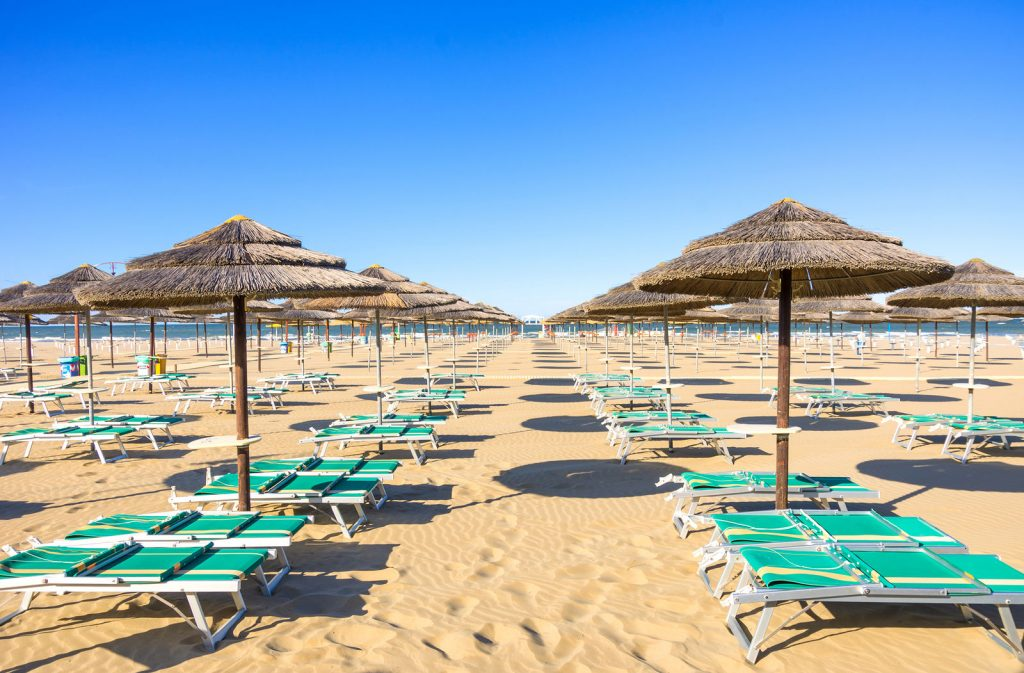 8 nap nyaralás Riminiben 3 csillagos tengerparti hotelben reggelivel 60.518 Ft-ért!
