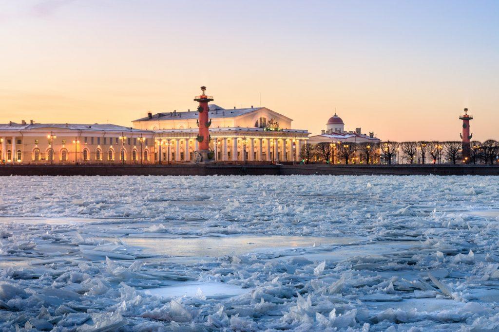 Irány Oroszország egyik legszebb városa: Szentpétervár! Egy hét, szállással és repjeggyel: 40.050 Ft-ért!