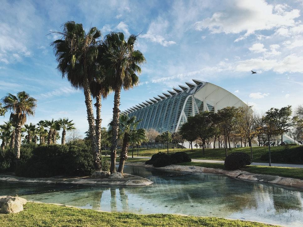 Retúr repülőjegy nyáron Valenciába bécsi indulással 7.200 Ft-ért!