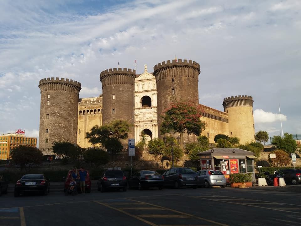 5 nap Nápoly és környéke Tavasszal: Capri, Pompei, Sorrento, Amalfi: 42.530 Ft-ért!
