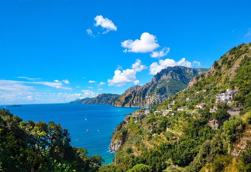 7 nap Nápoly és környéke: Capri, Pompei, Sorrento, Amalfi: 53.300 Ft-ért!