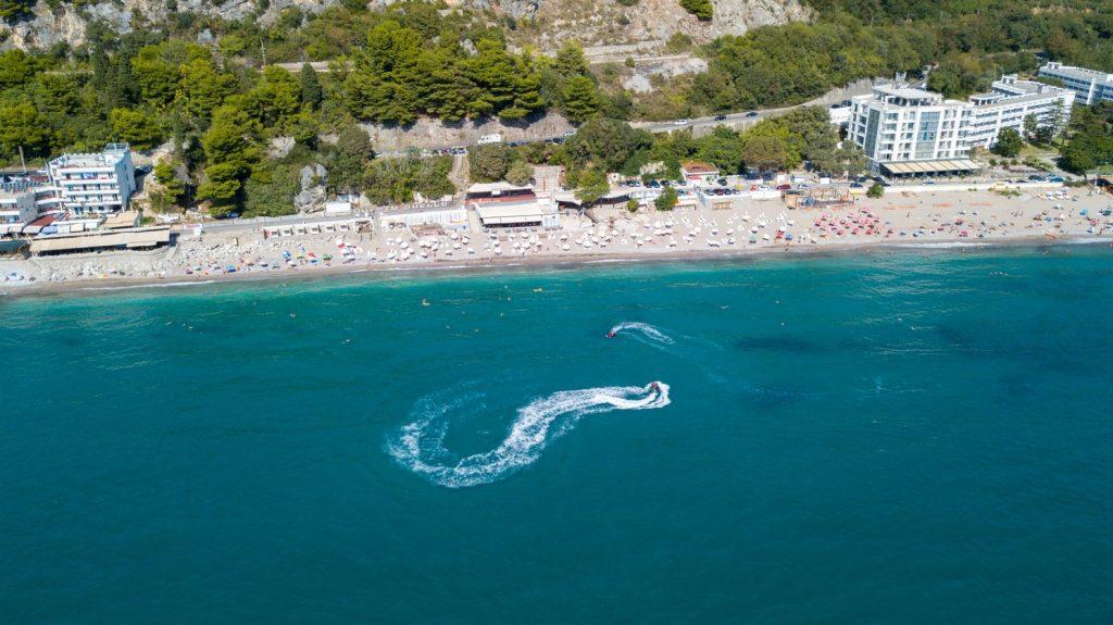 ELKÉPESZTŐ ÁR: 8 nap nyaralás Montenegróban, Budvában 26.540 Ft-ért!