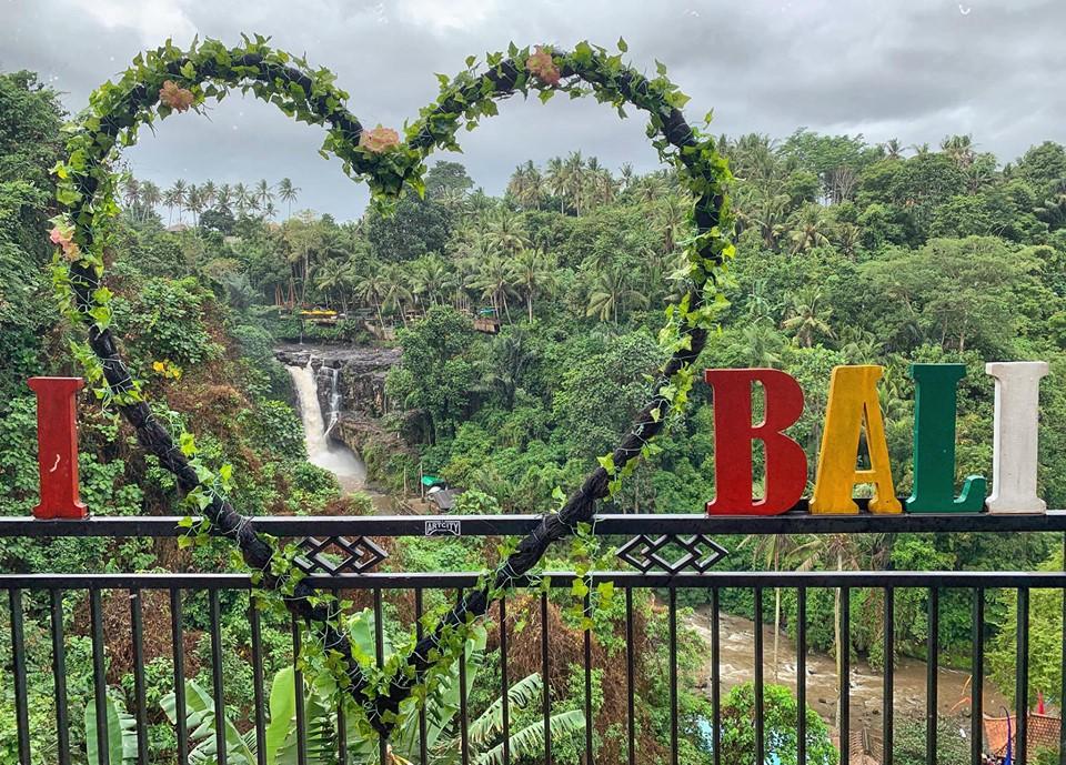2 hetes út Balira prémium légitársasággal, 4 csillagos part menti szállással 238.000 Ft-ért!