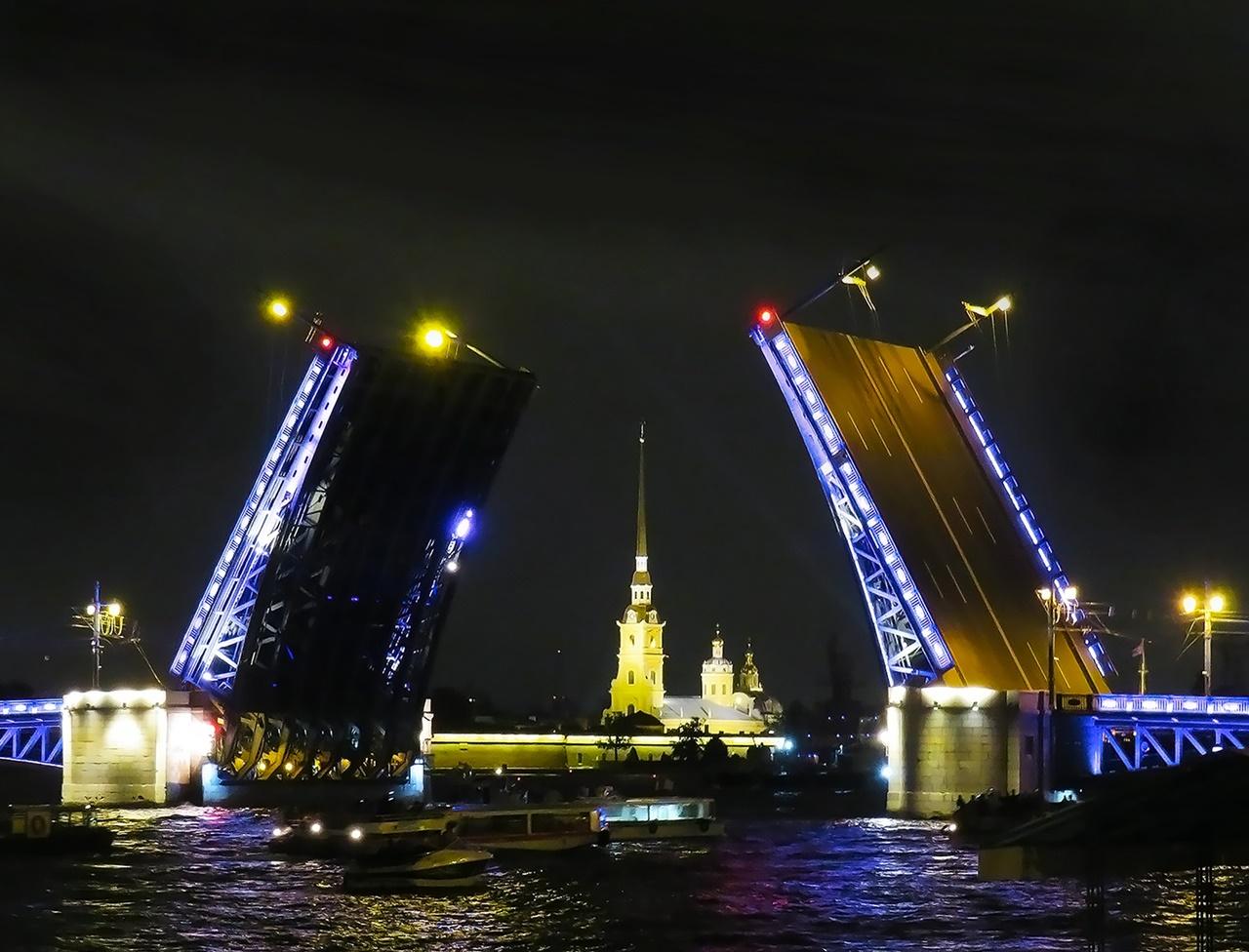 Szentpétervár látnivalók vízum fapados
