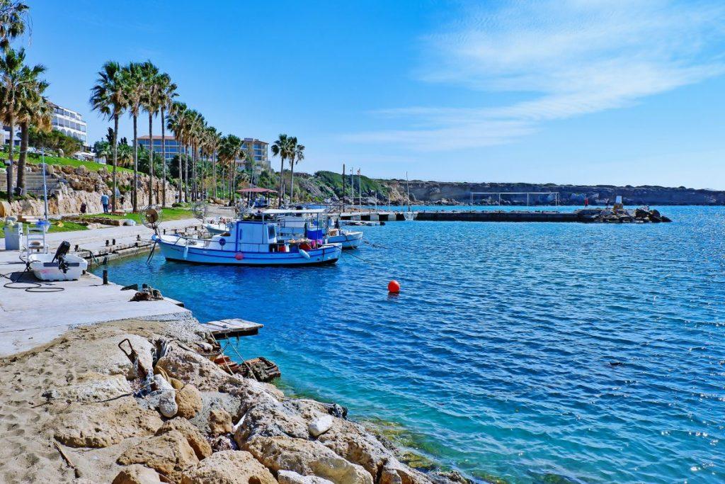 Egy hetes főszezoni utazás Cipruson szállással és repülővel 61.650 Ft-ért!