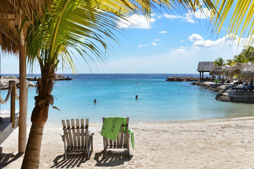 Irány a Karib télen! Egy hetes álomutazás Curacao-ra 231.000 Ft-ért!
