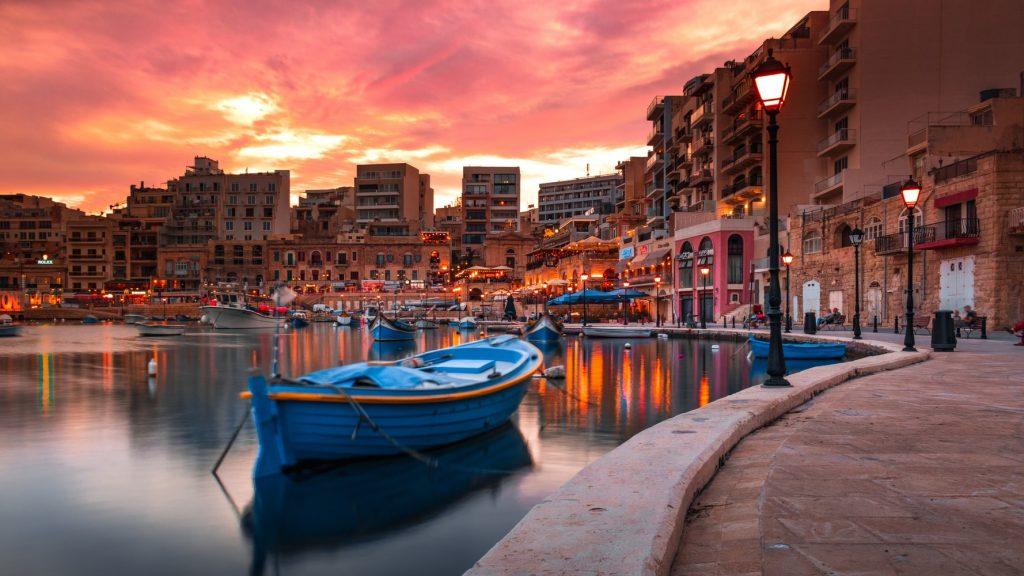 Egy hetes nyaralás Máltán főszezonban 78.800 Ft-ért 4 csillagos hotellel!