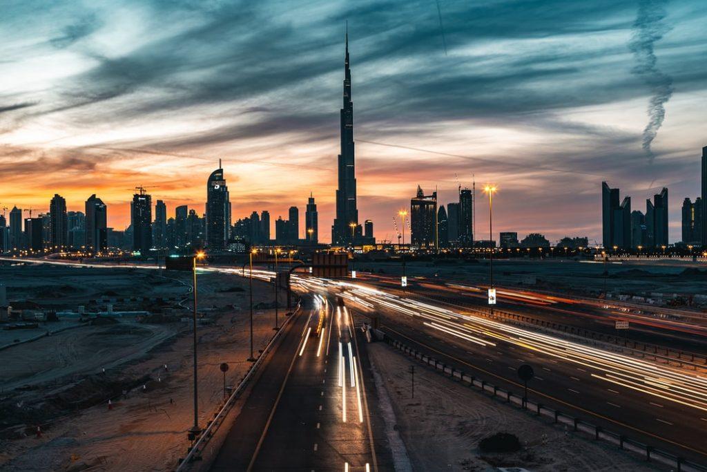 Egy hetes nyaralás Dubaiban 4 csillagos medencés hotellel, repülővel 81.730 Ft-ért!