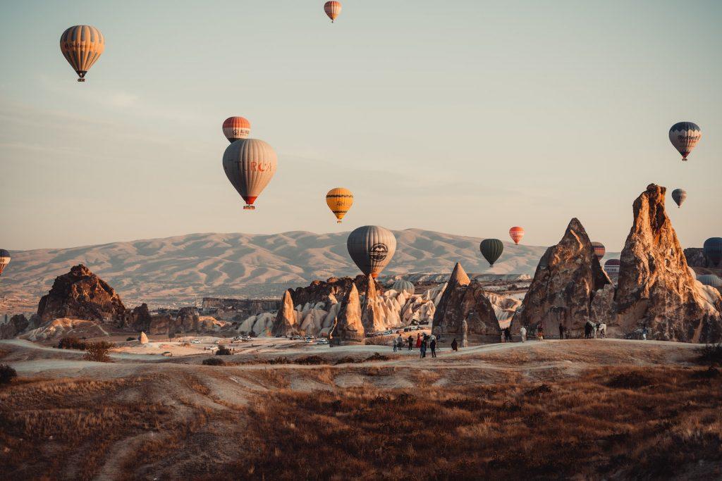 Romantikázz a naplementében hőlégballonról: 8 nap Kappadókia 73.950 Ft-ért!