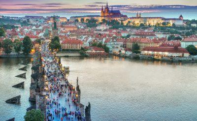 Hosszú hétvégi városlátogatás Prágában, szállással és repjeggyel: 27.360 Ft-ért!