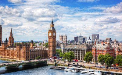 Halomban állnak a repülőjegyek Londonba 4.890 Ft-ért!