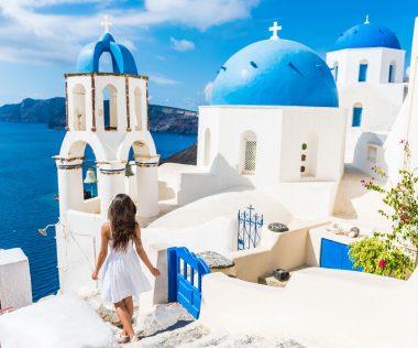8 nap Santorini medencés szállással és repülővel 72.600 Ft-ért!
