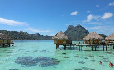 Mobilt vagy fényképezőgépet vigyünk nyaralásra?