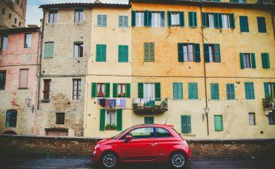 Milyen költségekkel kell számolnia annak, aki autóval utazik Olaszországba?