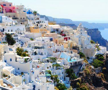 5 napos utazás a mesés Santorini-szigetére, szállással és repjeggyel: 47.100 Ft-ért!