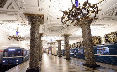 Ahol a tömegközlekedés is egy élmény! Ezek a világ legszebb metróállomásai!