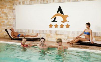 38. hét – 7 Hotele: Hotel Atlantis****superior Hajdúszoboszló