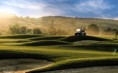 Ajándékozz luxus golfélményt karácsonyra szállással féláron!