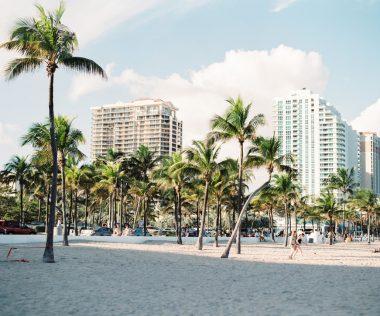 Vár Miami Beach! 7 éj háromcsillagos hotelben retúr repjeggyel és autóbérléssel 283.000 Ft-ért
