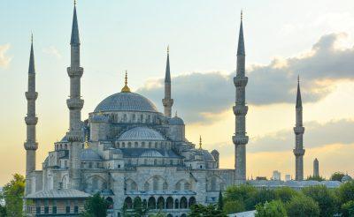 Vár a Boszporusz partja tavasszal! Hosszú hétvége Isztambulban, 4 csillagos szállással és repülővel 35.800 Ft-ért!