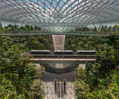 Megnyílt a Jewel, a szingapúri Changi reptér új ékszerdoboza