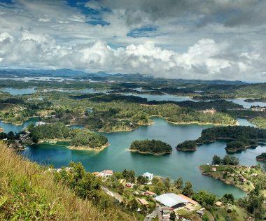 10 nap Kolumbia, repjeggyel és reggelis szállással Medellínben 194.500 Ft-ért!