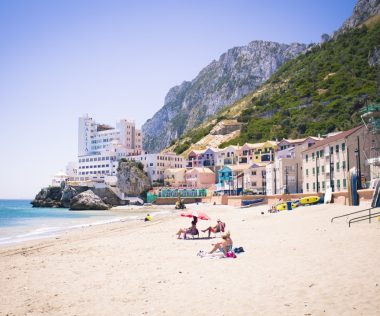 6 nap Gibraltár 4 csillagos medencés hotellel és autóbérléssel 52.350 Ft-ért!