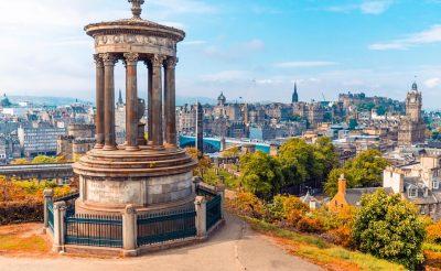 Tavaszi hosszú hétvége Skóciában remek áron: Edinburgh retúr repjeggyel, 3 éj szállással 35.200 Ft-ért!