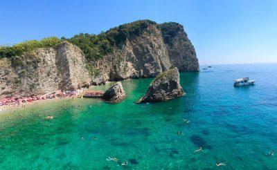 Nyaralás Montenegróban: Sveti Stefan, Budva és Podgorica
