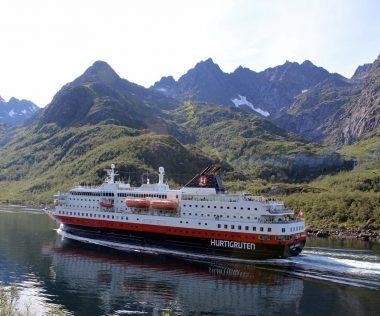 Norvégia partszakaszának felfedezése tengerjáró hajóval 12 nap alatt! Gleccserek, Fjordok, különleges élővilág!