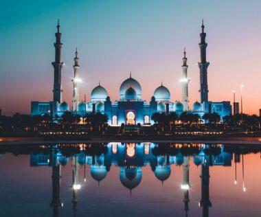 Mivan?? Halomban állnak a repülőjegyek Abu Dhabi-ba 3.540 Ft-ért!